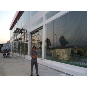 Lắp đặt kính cường lực cho Siêu thị tại Quốc Oai, Hà Nội