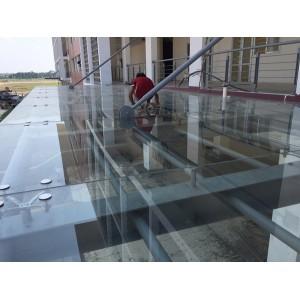 Lắp đặt mái kính cường lực tại Hưng Yên