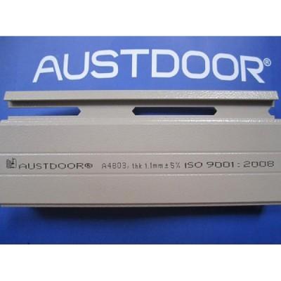 Cửa cuốn Austdoor siêu thoáng C70