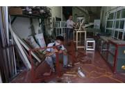Nhận gia công sản xuất làm tủ nhôm kính