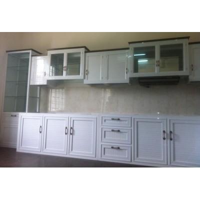 Mẫu hình ảnh tủ bếp nhôm kính màu trắng sứ