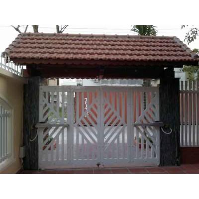Mẫu cửa cổng sắt 4 cánh đẹp 2