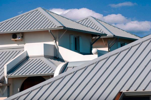 Xem 35 mẫu mái tôn đẹp giúp chống nóng mùa hè và làm ấm áp mùa đông
