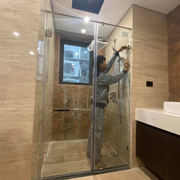 Tổng hợp 40 mẫu vách kính tắm hiện đại đẹp đến không ngờ